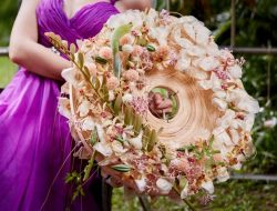 Destination Wedding Taiwan, bride with bridal bouquet
