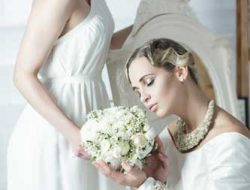 Destination Wedding New York- two brides with bridal bouquet