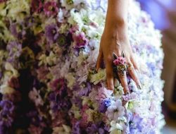 Luxury Event Design real flower dress with ring