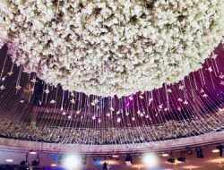 Chinese wedding in europe with floral ceiling