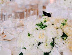 white low centrepiece with roses and dahlias from luxury event florist london